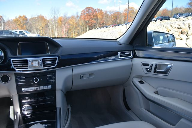 2016 Mercedes-Benz E 250 BlueTEC 4Matic Naugatuck, Connecticut 14