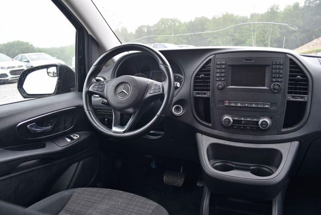 2016 Mercedes-Benz Metris Passenger Van Naugatuck, Connecticut 13