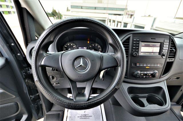 2016 Mercedes-Benz Metris Passenger Van in Reseda, CA, CA 91335