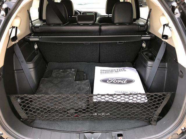 2016 Mitsubishi Outlander SEL AWD in Gower Missouri, 64454