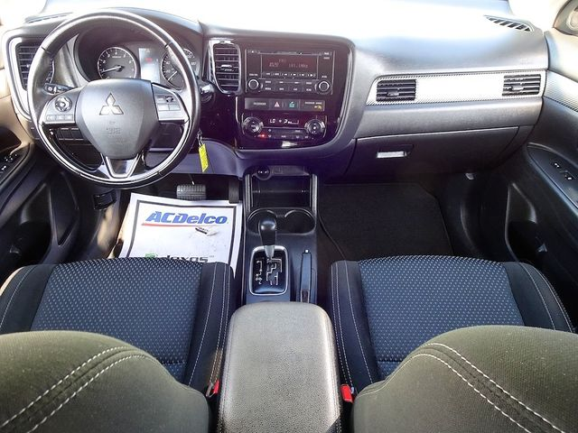 2016 Mitsubishi Outlander ES Madison, NC 33