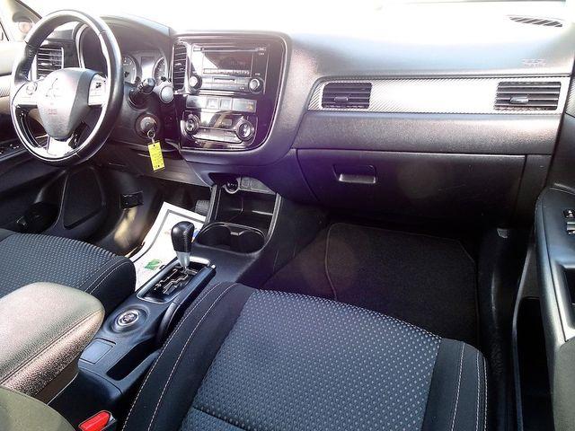 2016 Mitsubishi Outlander ES Madison, NC 35