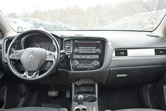 2016 Mitsubishi Outlander ES Naugatuck, Connecticut 10