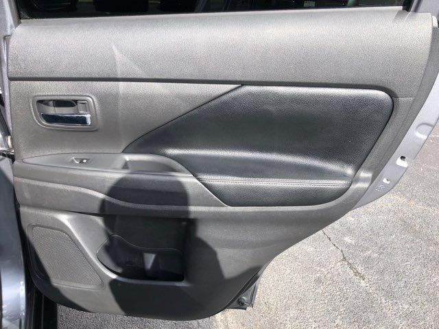2016 Mitsubishi Outlander SEL in San Antonio, TX 78212