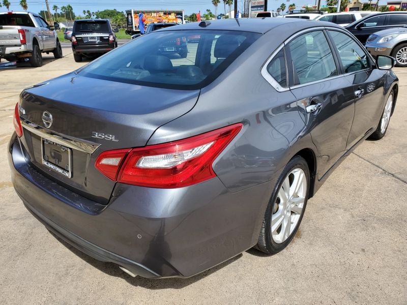 2016 Nissan Altima 35 SL  Brownsville TX  English Motors  in Brownsville, TX