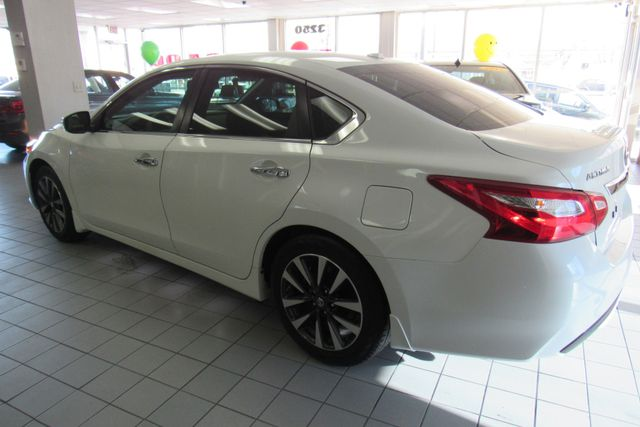 2016 Nissan Altima 2.5 SV Chicago, Illinois 3