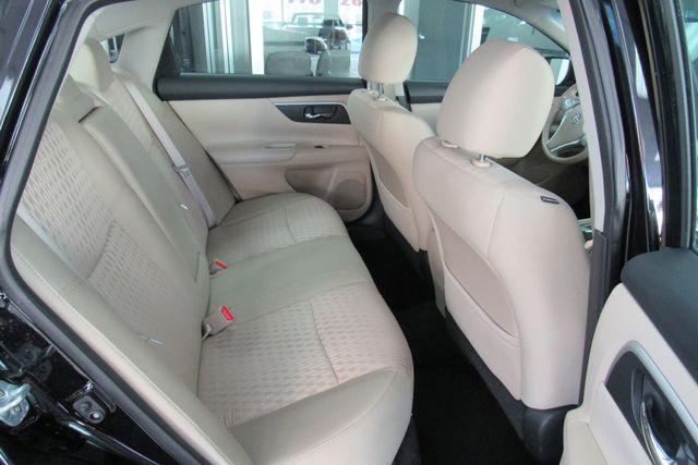 2016 Nissan Altima 2.5 SV Chicago, Illinois 8