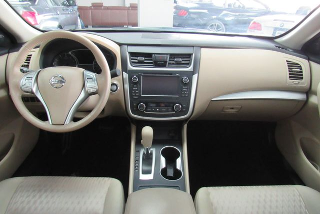 2016 Nissan Altima 2.5 SV Chicago, Illinois 9