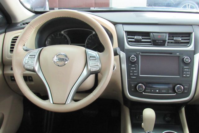 2016 Nissan Altima 2.5 SV Chicago, Illinois 10