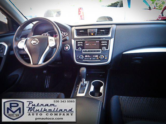 2016 Nissan Altima 2.5 SV Chico, CA 11