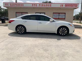 2016 Nissan Altima 2.5 SV in Devine, Texas 78016