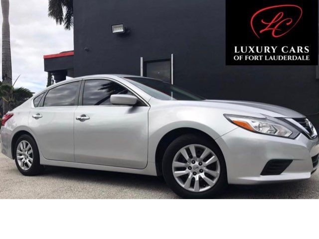 Toyota Dealership Fort Lauderdale >> Used Cars Fort Lauderdale Luxury Cars Of Ft Lauderdale