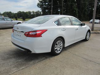 2016 Nissan Altima 2.5 S Houston, Mississippi 4
