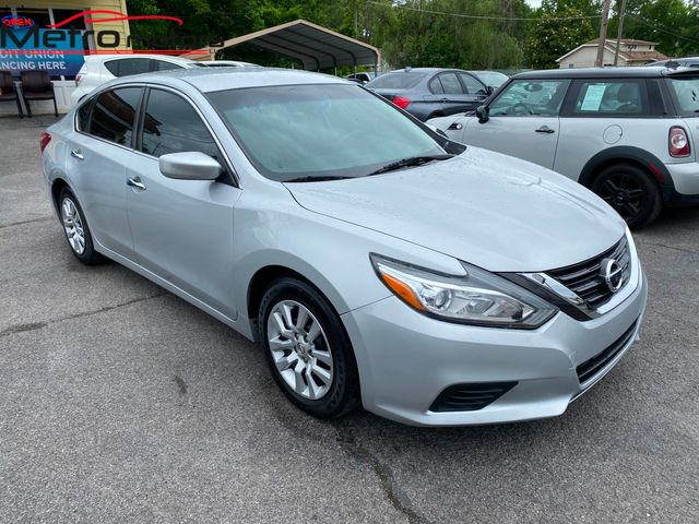 2016 Nissan Altima 2.5 S in Knoxville, Tennessee 37917