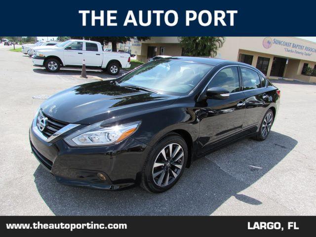 2016 Nissan Altima 2.5 SV W/NAVI in Largo, Florida 33773