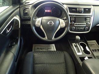 2016 Nissan Altima 2.5 SV Lincoln, Nebraska 3