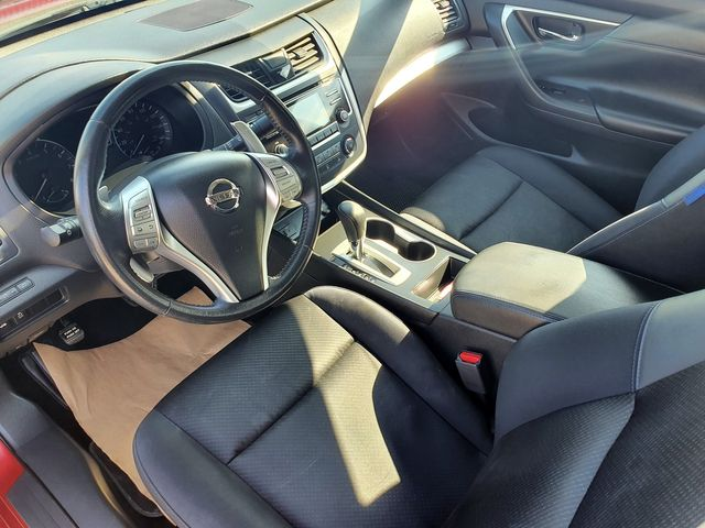 """2016 Nissan Altima 2.5 SR w/18"""" Alloy Wheels in Louisville, TN 37777"""