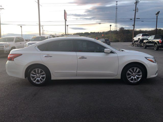 2016 Nissan Altima S in Marble Falls, TX 78654