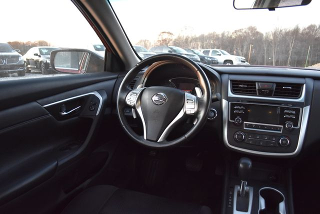 2016 Nissan Altima 2.5 SR Naugatuck, Connecticut 10