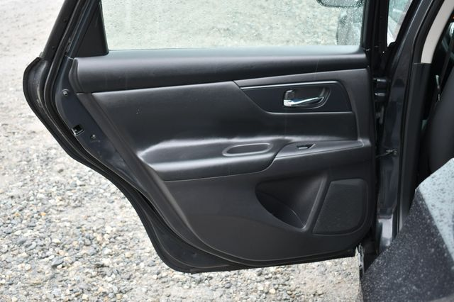 2016 Nissan Altima 2.5 S Naugatuck, Connecticut 12
