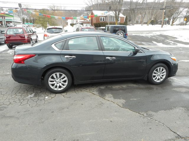 2016 Nissan Altima 2.5 S New Windsor, New York 7