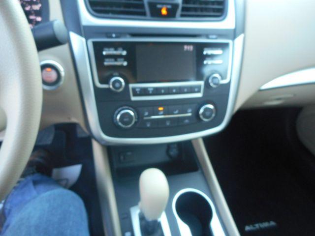 2016 Nissan Altima 2.5 S New Windsor, New York 14