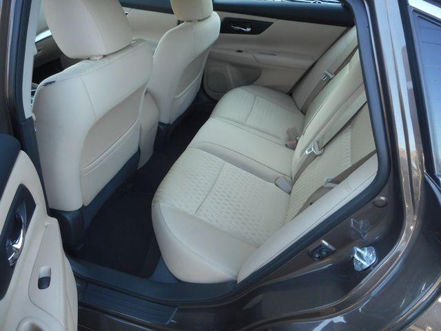 2016 Nissan Altima 2.5 S New Windsor, New York 16