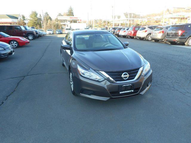 2016 Nissan Altima 2.5 S New Windsor, New York 9