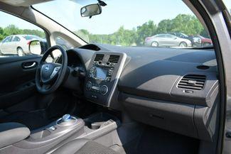 2016 Nissan LEAF S Naugatuck, Connecticut 11