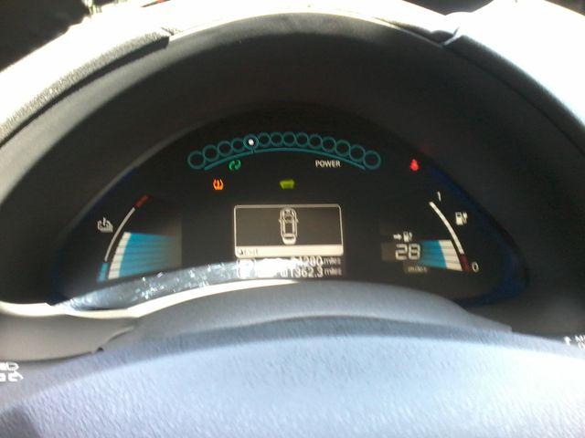 2016 Nissan LEAF SV San Antonio, Texas 17