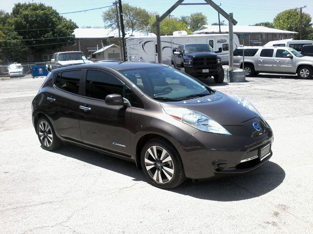 2016 Nissan LEAF SV San Antonio, Texas 3