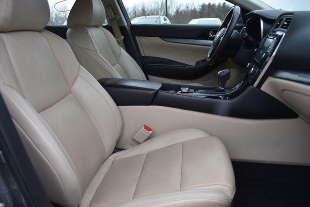 2016 Nissan Maxima 3.5 SV Naugatuck, Connecticut 2