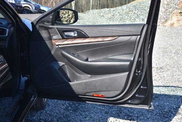 2016 Nissan Maxima 3.5 Platinum Naugatuck, Connecticut 10