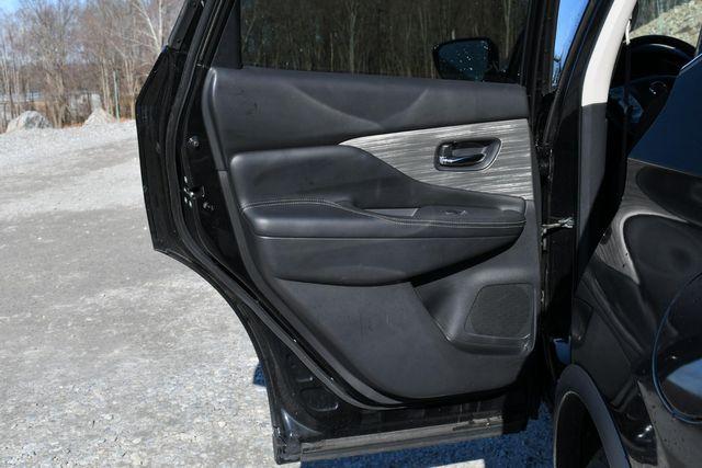 2016 Nissan Murano SV Naugatuck, Connecticut 12