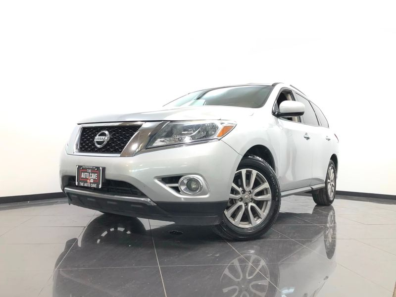 2016 Nissan Pathfinder *Easy Payment Options* | The Auto Cave in Addison