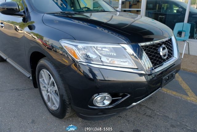 2016 Nissan Pathfinder SV in Memphis, Tennessee 38115