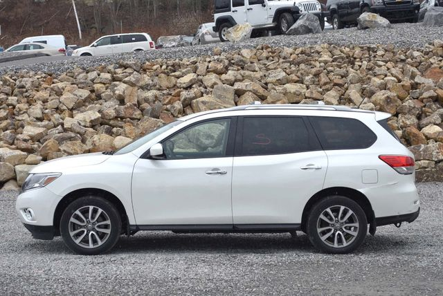 2016 Nissan Pathfinder SV Naugatuck, Connecticut 1