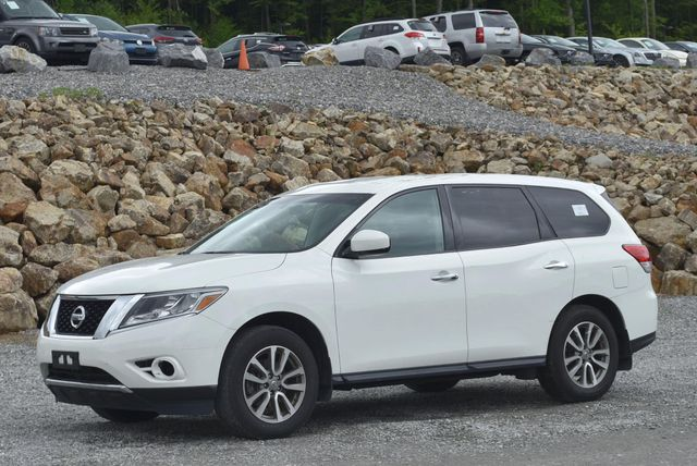 2016 Nissan Pathfinder S Naugatuck, Connecticut