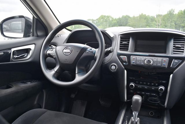 2016 Nissan Pathfinder S Naugatuck, Connecticut 5