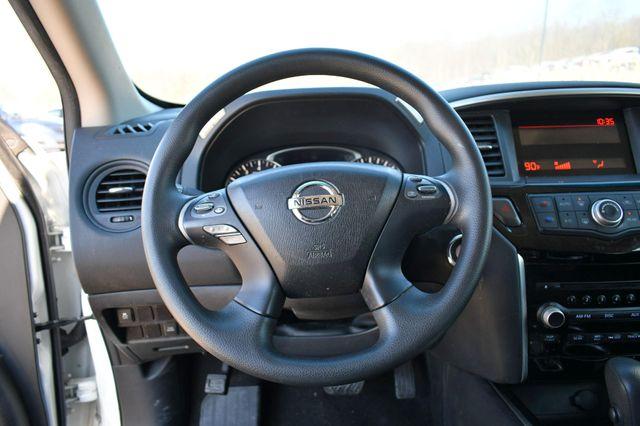 2016 Nissan Pathfinder S Naugatuck, Connecticut 13
