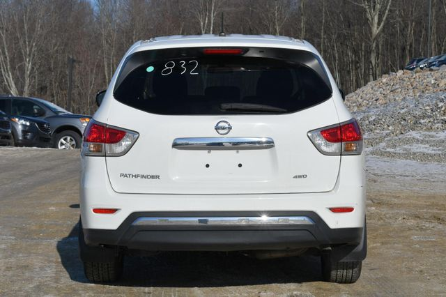 2016 Nissan Pathfinder S Naugatuck, Connecticut 3