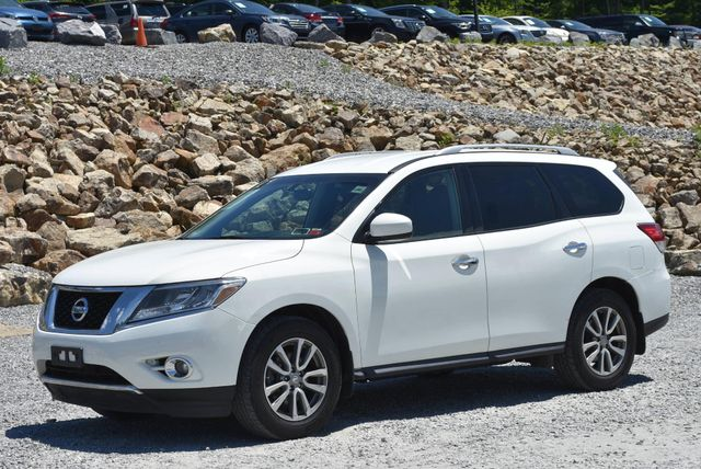 2016 Nissan Pathfinder SV Naugatuck, Connecticut