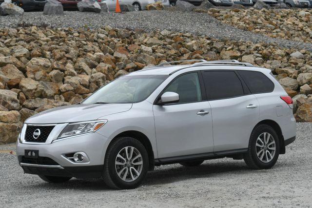 2016 Nissan Pathfinder SV Naugatuck, Connecticut