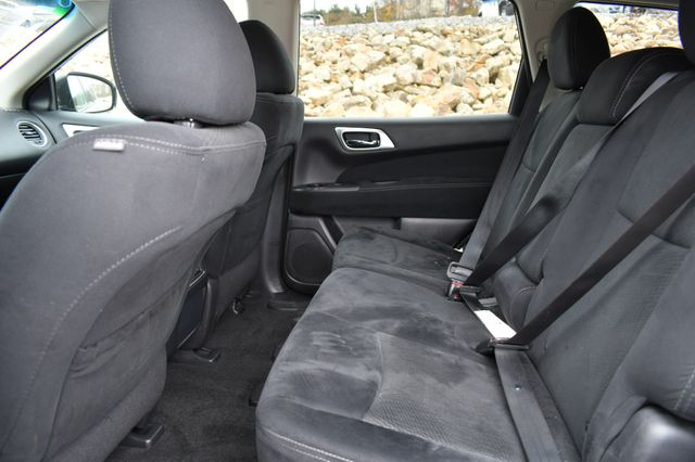 2016 Nissan Pathfinder SV Naugatuck, Connecticut 15