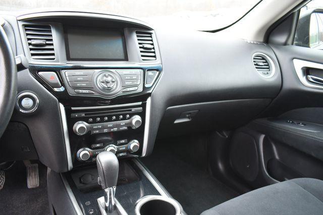 2016 Nissan Pathfinder SV Naugatuck, Connecticut 23
