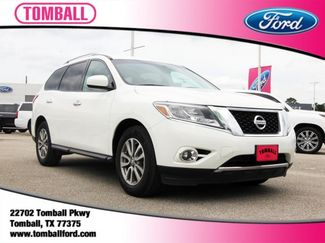 2016 Nissan Pathfinder in Tomball, TX 77375