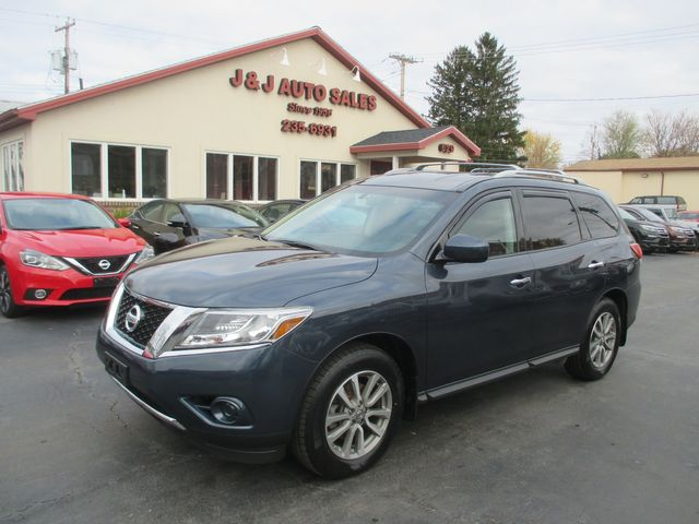 2016 Nissan Pathfinder S in Troy, NY 12182
