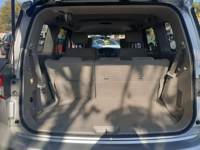 2016 Nissan Quest SV Los Angeles, CA 12