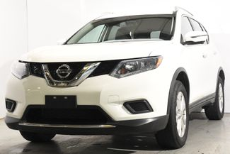 2016 Nissan Rogue SV w/ Nav / Blind Spot in Branford, CT 06405