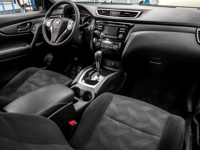 2016 Nissan Rogue SV Burbank, CA 10